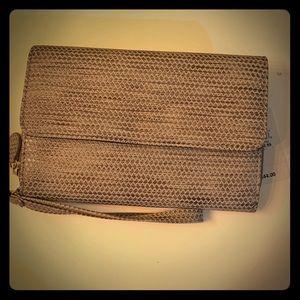 Handbags - NWT Mundi silver and rose gold wallet wristlet